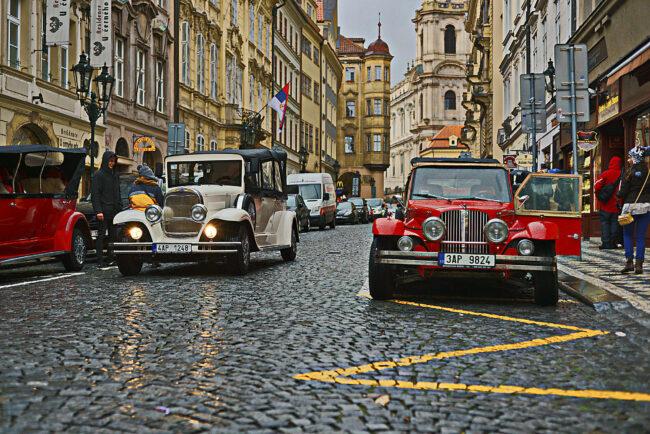 Ретро-автомобили в Праге