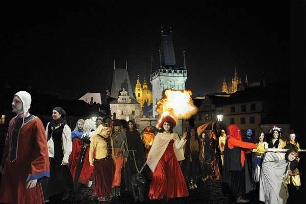парад привидений в Праге