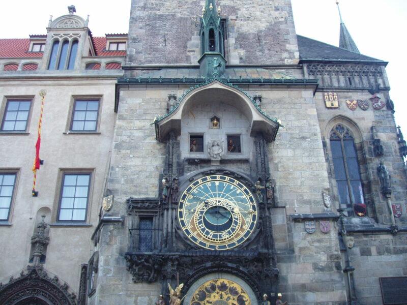 Прага Староместская площадь часы куранты Орлой