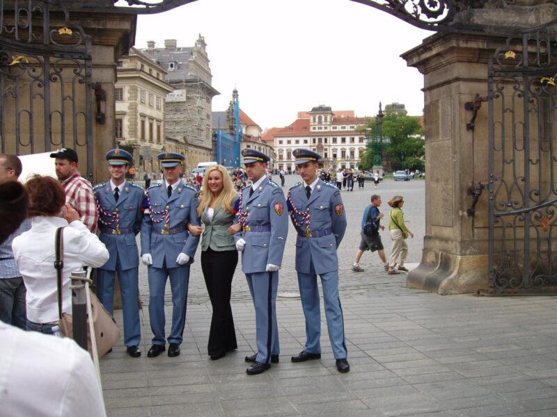 Караул Пражского града фото на память