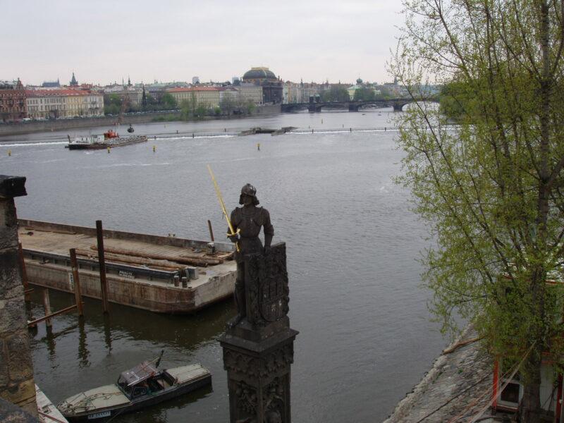 Рыцарь Брюнсвик Роланд на Карловом мосту