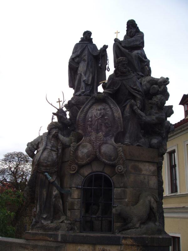 СкульптураСв. Иоанн Чешский, Св. Иоанн из Маты, Св. Феликс из Валуа, Карлов мост