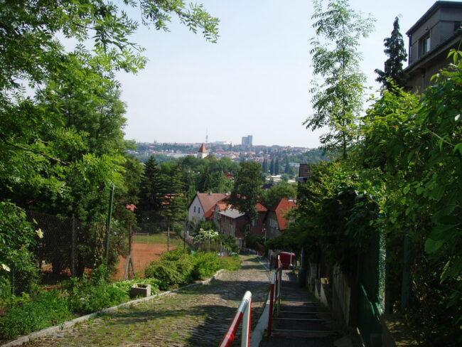 Тихая улица в Праге